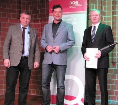 Die neugewählte Regionalkreisleitung Emsland: von rechts: RKL Thorsten Herbrüggen (Ternion GmbH), stellvertr. RKL Stefan Knelangen (BBS Lingen) und der Referent Kai-Uwe Behrends (LGS Nord der DGQ)