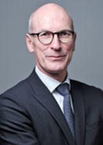 Dr. rer. nat. Norbert M. Gorny, Stellvertretender Präsident - Mitglied der Vorstands, Essilor International S.A.